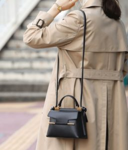 モトカレマニア,衣装,バッグ